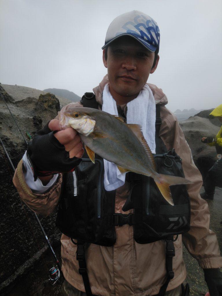 シオ(カンパチの幼魚)
